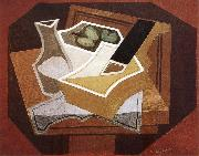 Guitar apple and water bottle Juan Gris